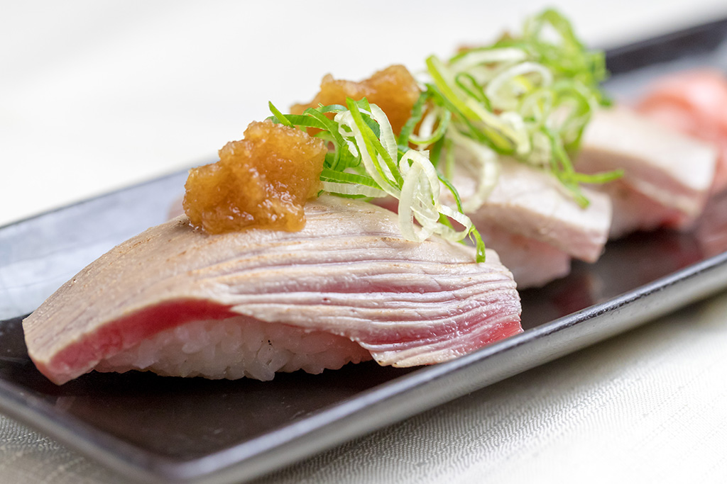 本マグロ炙り寿司…480円